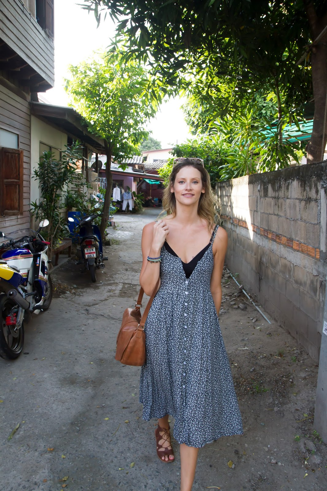 travel blogger, Alison Hutchinson, in the backstreets of Chiang Mai's old town