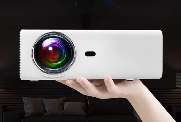 Yaber YB2: proyector compacto con soporte Full HD y altavoces estéreo