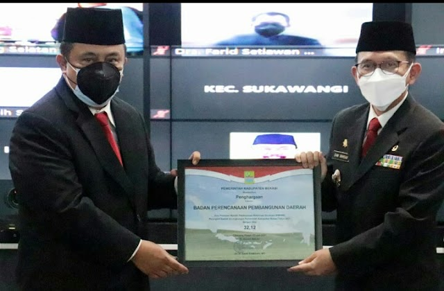 Raih Penghargaan Reformasi Birokrasi Terbaik, Ini Kiat Kepala Bappeda Kabupaten Bekasi Dedi Supriyadi