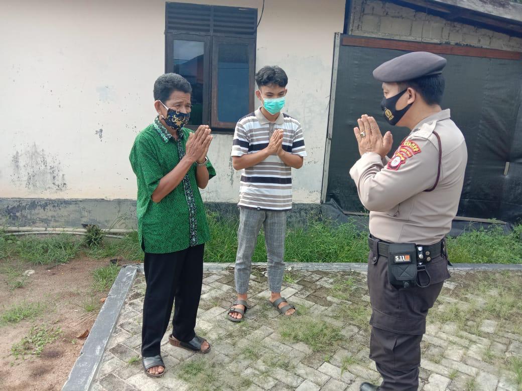Kunjungi Desa Binaan, Polsek Basarang Sosialisasi Saber Pungli