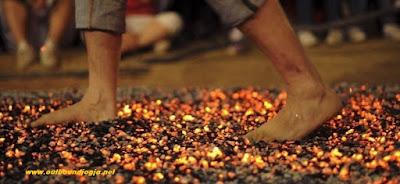 Fire Walking di Jogja
