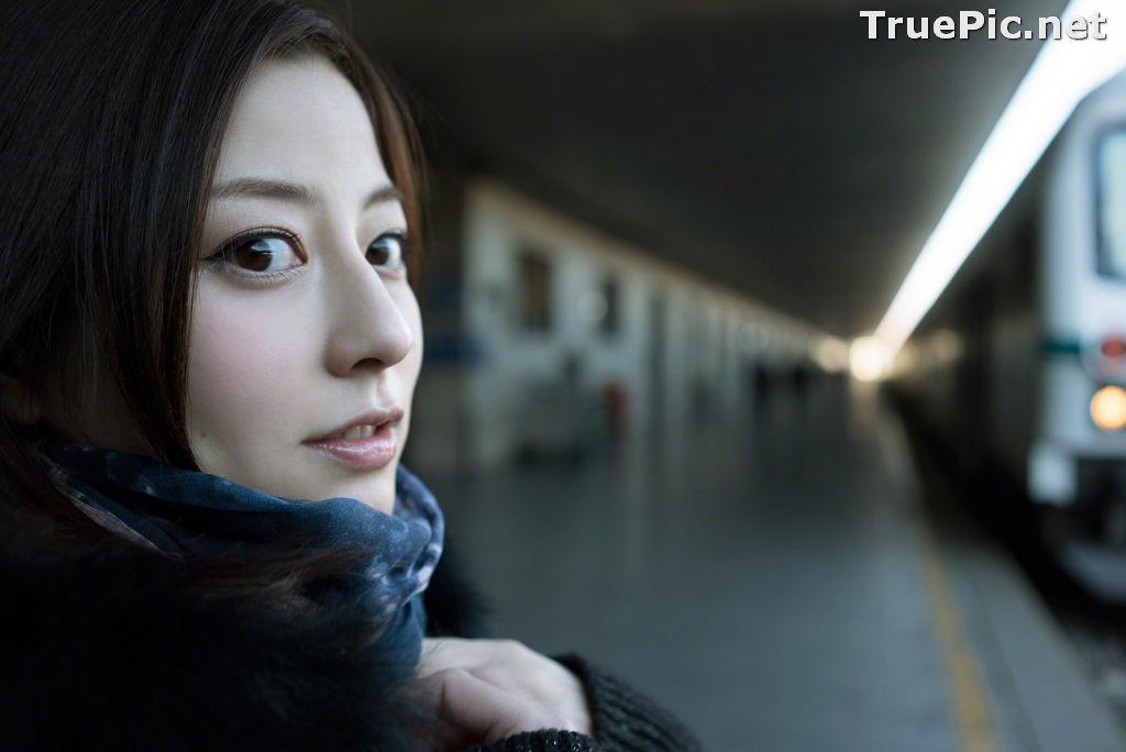 Image Wanibooks No.136 - Japanese Actress and Singer - Yumi Sugimoto - TruePic.net - Picture-6