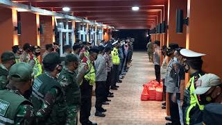 Kasubag Bin Ops Polres Majalengka Pimpin Apel KRYD Serta Ops Yustisi Malam Minggu Di Wilayah Majalengka
