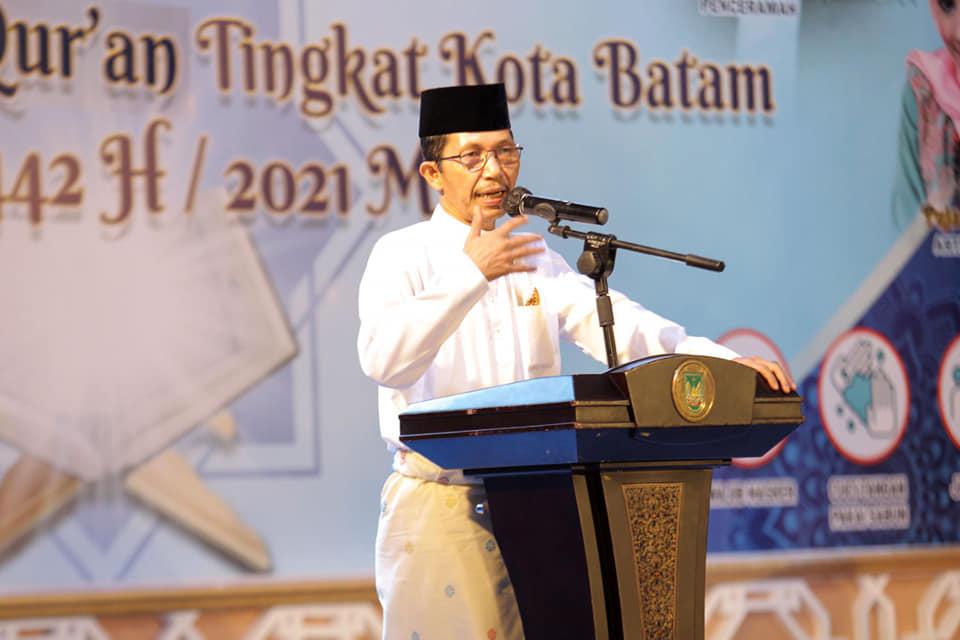 Wagub Kepri Menghadiri Peringati Malam Nuzulul Qur'an Yang Digelar Pemko Batam