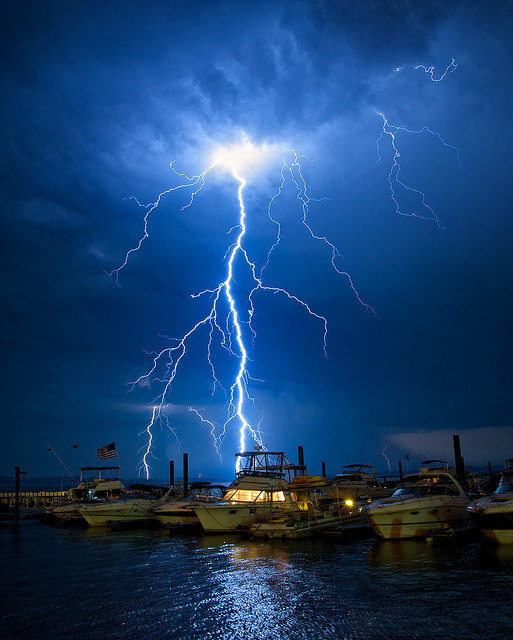 Welcome To The WONDERLAND: Awesome Pictures Of Lightning
