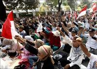 Pengertian Mobilisasi, Tingkat, Asas, dan Mobilisasi Massa