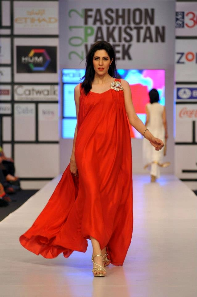 Fashion Trends Pakistani Fashion Show
