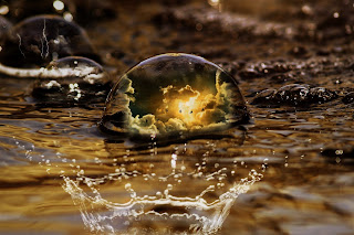 Woda odbijająca, właściwości satelity