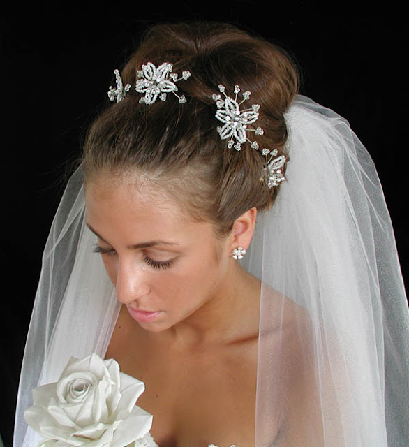 Wedding Hair With Veil: Bridal Moves: Unique Wedding Veils