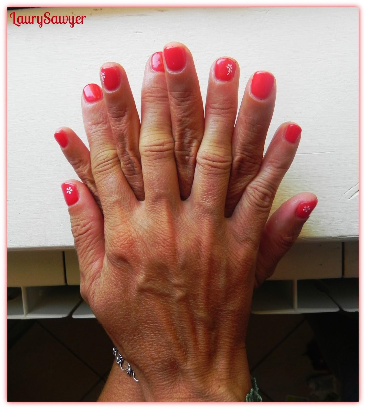 Laura Nails : Ricostruzione in gel monocolore su unghie ...