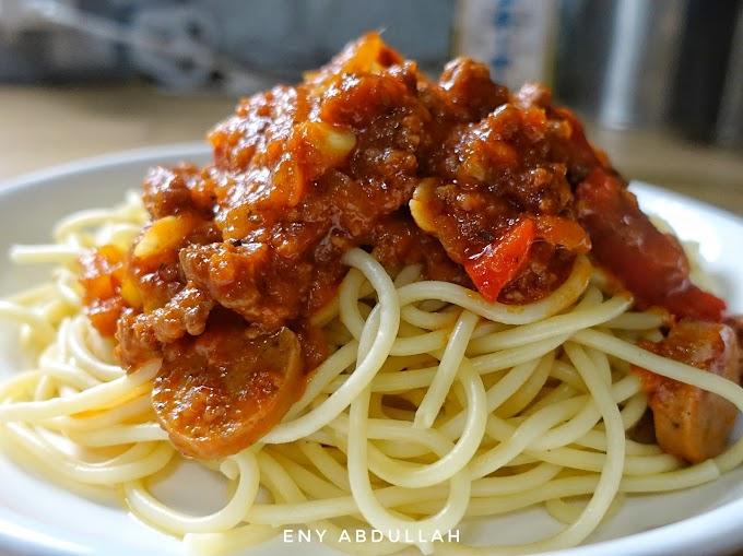 Ini Cara Mudah Dan Jimat Masak Spaghetti Bolognese Tanpa Sos Botol