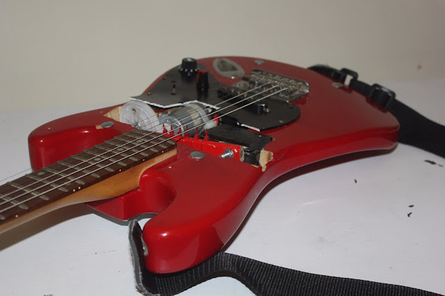 (Allegedly) The World s First Self Strumming Guitar - Heavily Modded 3/4 Squier Stratocaster