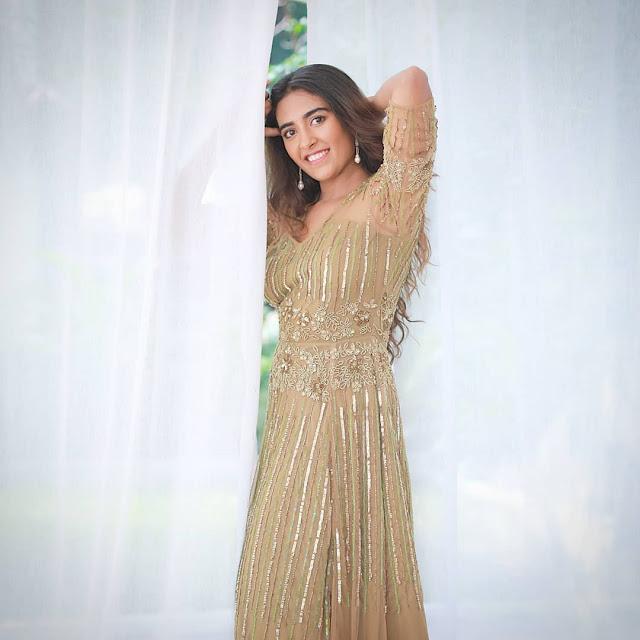 Jinal Joshi  (Indian Actress) Wiki, Bio, Age, Height, Family, Career, Awards, and Many More