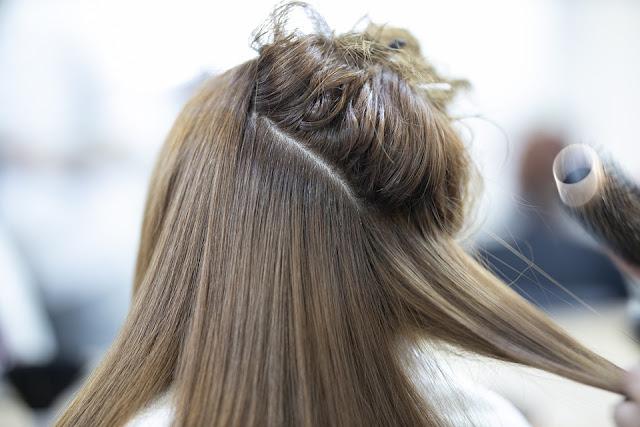 وصفات لتطويل وحماية الشعر من التساقط