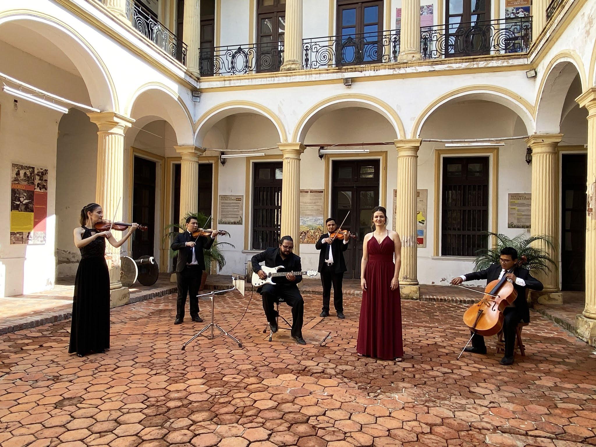 El concierto fue filmado en lugares emblemáticos de Santa Cruz. En total se presentarán 10 canciones / FILARMÓNICA SANTA CRUZ