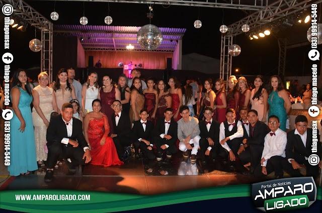 Confira as Fotos da Cerimônia de Formatura  das turmas do 9º Ano e do EJA Fundamental 2018 de Amparo