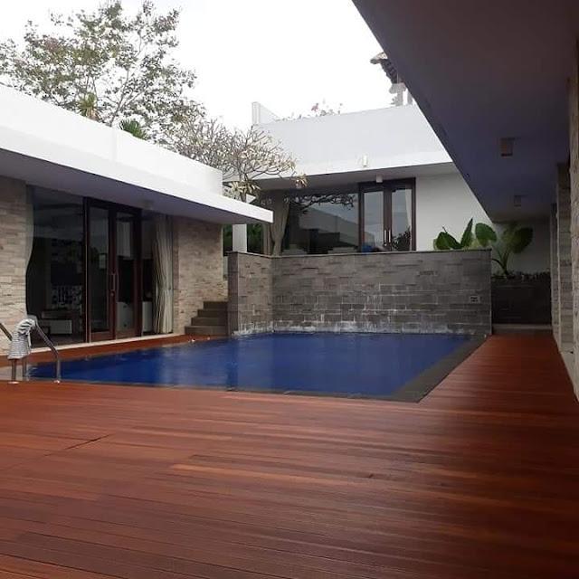 perbandingan decking kayu bengkirai dengan merbau dan ulin