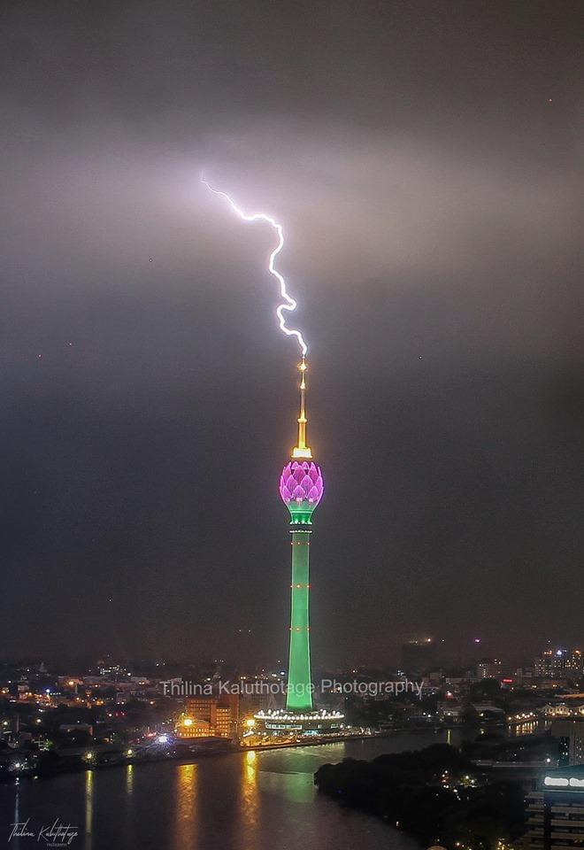Lightning at Nelum Kuluna(Lotus Tower) photo