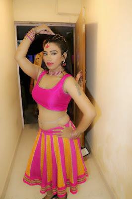 Sanjana Silkk dance