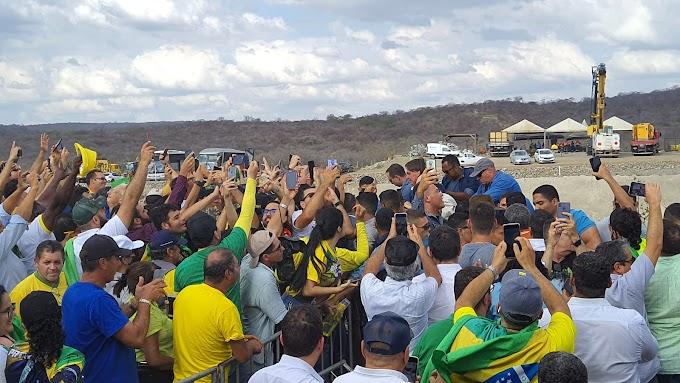 Meira e Feitosa prestigiam a entrega do Ramal do Agreste e Barragem de Campos, feitas por Bolsonaro