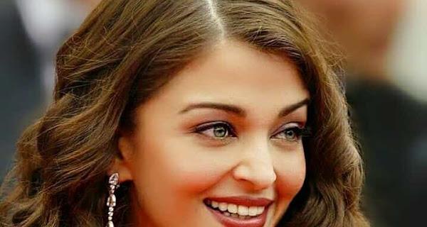 Most Beautiful Indian Actress Aishwarya Rai Wallpaper