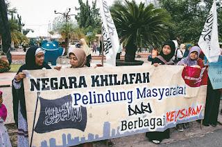 Lindungi Agama dan Hak Warga Negara dengan Khilafah