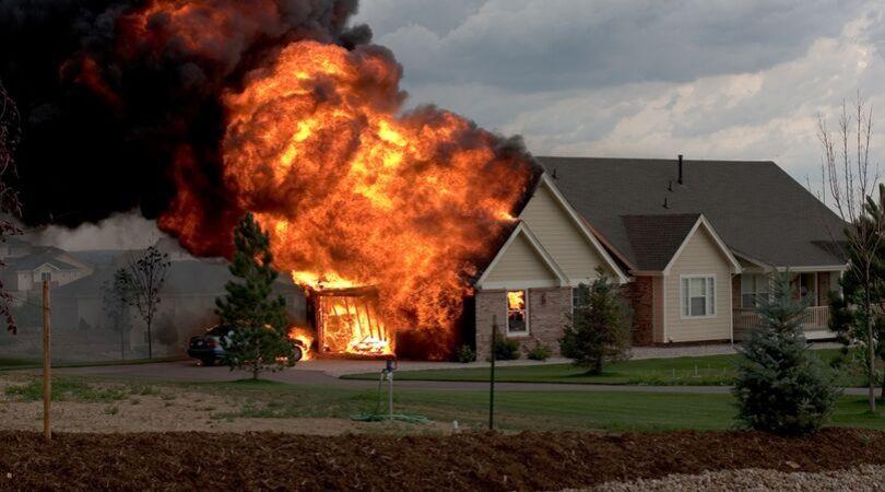 Arti mimpi rumah kebakaran terbaru