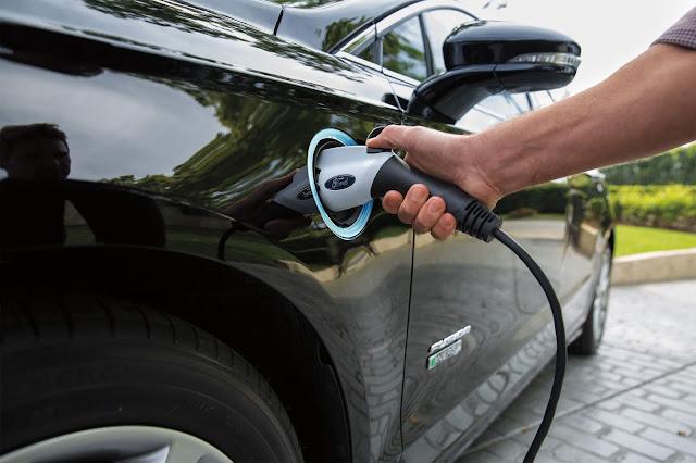 2019 Ford Fusion Energi Plug-In