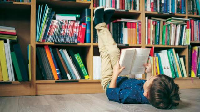 دور مكتبة البيت في تعزيز سلوك القراءة لدى الأطفال