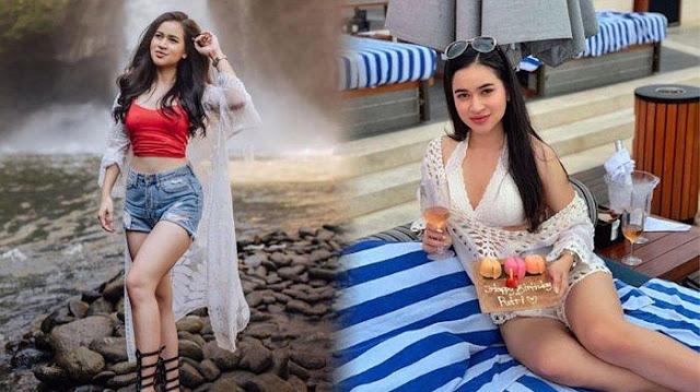 5 Pose Seksi Artis Cantik Putri Amelia Yang Terlibat Prostitusi Online