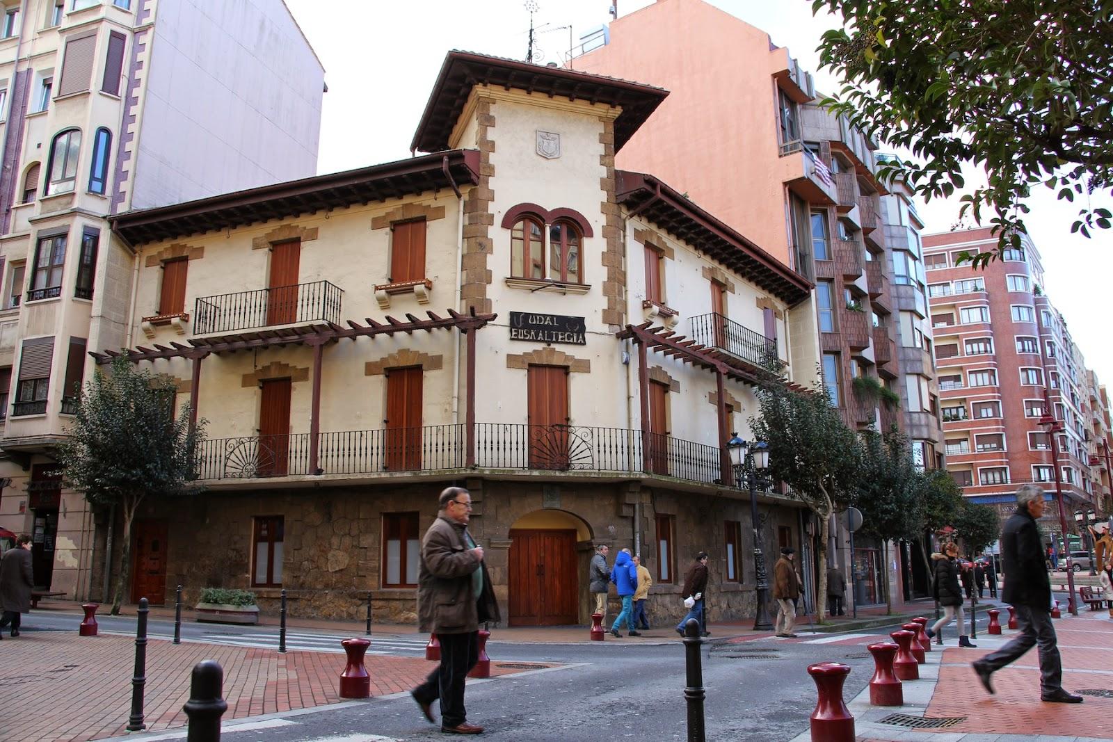 El Ayuntamiento de Barakaldo programa cinco actividades para promover el uso del euskera