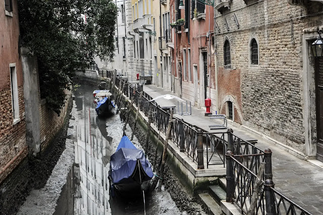 "Venice canals ""without water"""