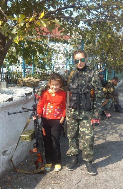 Показали 21-річну терористку, яка загинула на Донбасі