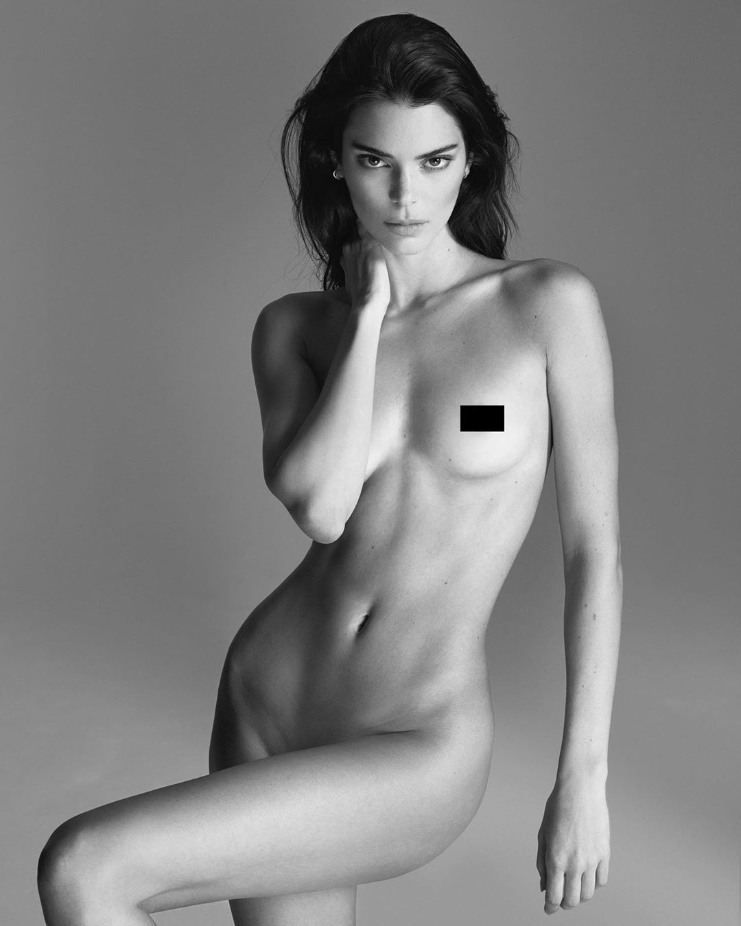 Kendall Jenner poses nude for Mert Alas