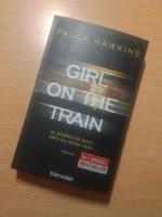 """""""Dziewczyna z pociągu"""" Paula Hawkins, fot. paratexterka ©"""