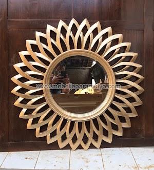 Cermin Matahari Gold Indoor Furniture