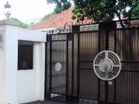 Bendahara MUI Tersangka Korupsi, Suami dari artis Inneke Koesherawati dan