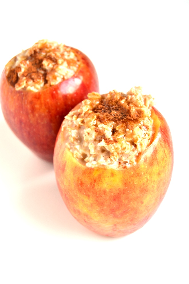 Brown Sugar Oatmeal Baked Apples - The Nutritionist Reviews