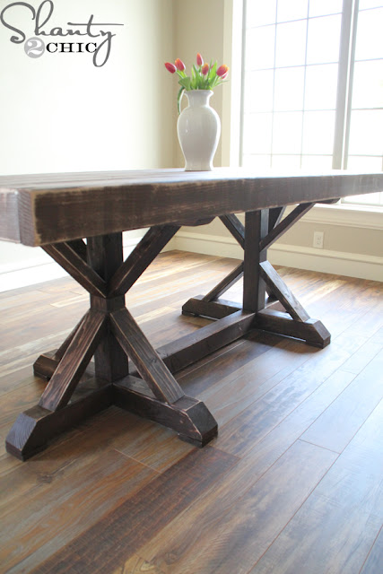 12 beautifully rustic farmhouse table. -  Littlehouseoffour.com