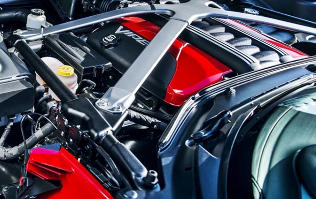 2017 Dodge Viper ACR Engine