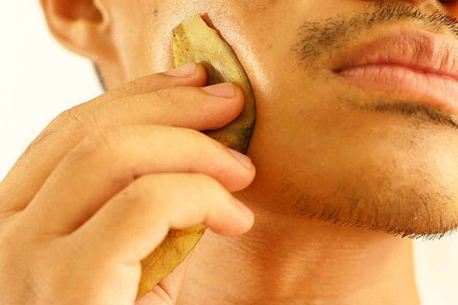 Banana peels can be used to get rid of pimples.
