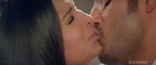 Meghna Naidu Himanshu Malik Hot Smooch In Movie Rain 7