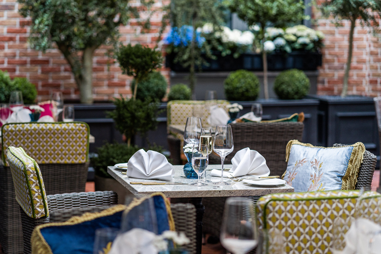 patio Gavi Restaurant