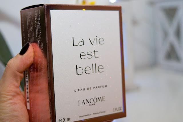 Lancome La Vie Est Belle kartonik po oryginalnych perfumach