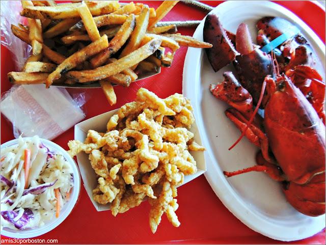 Lobster Shacks en Massachusetts: Bandeja de Marisco The Lobster Pool Restaurant