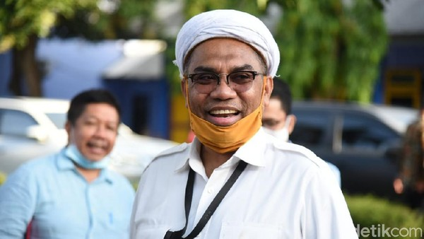 Buka-bukaan Ngabalin soal Perjalanan Edhy Prabowo ke AS