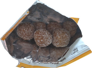 The protein ball co coconut & macadamia