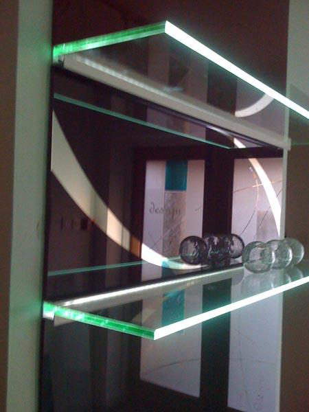foto de prateleira de vidro