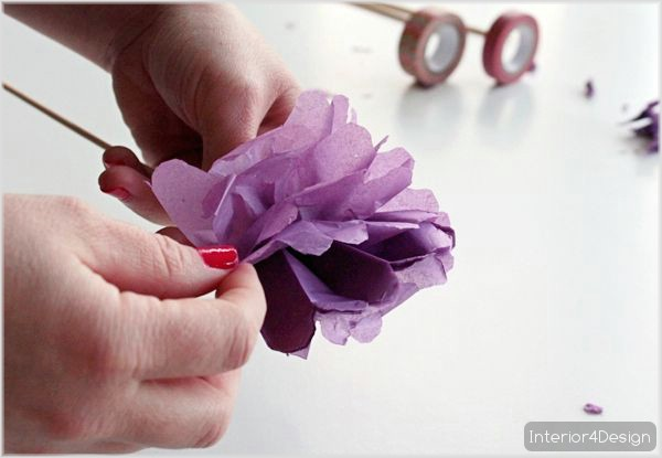 Making Flowers Of Thin Papers With Instructional Pictures And Steps 4