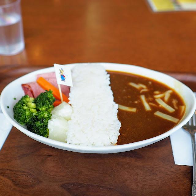 宮ヶ瀬ダム Lake Side Cafe ダムカレー